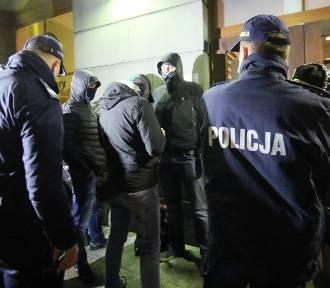 Policjanci będą sprawdzać, czy respektujemy obowiązujące zasady