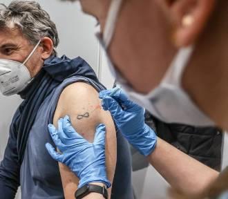 Dla kogo trzecia dawka szczepionki? Oto rekomendacje Ministerstwa Zdrowia