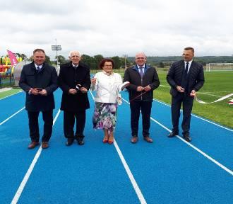 W niedzielę odbyło się uroczyste otwarcie stadionu w Czeluśnicy [ZDJĘCIA]