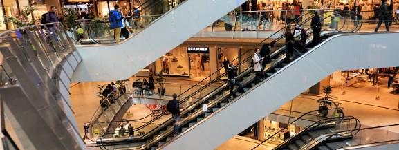 Które niedziele są handlowe? Czy sklepy będą otwarte?
