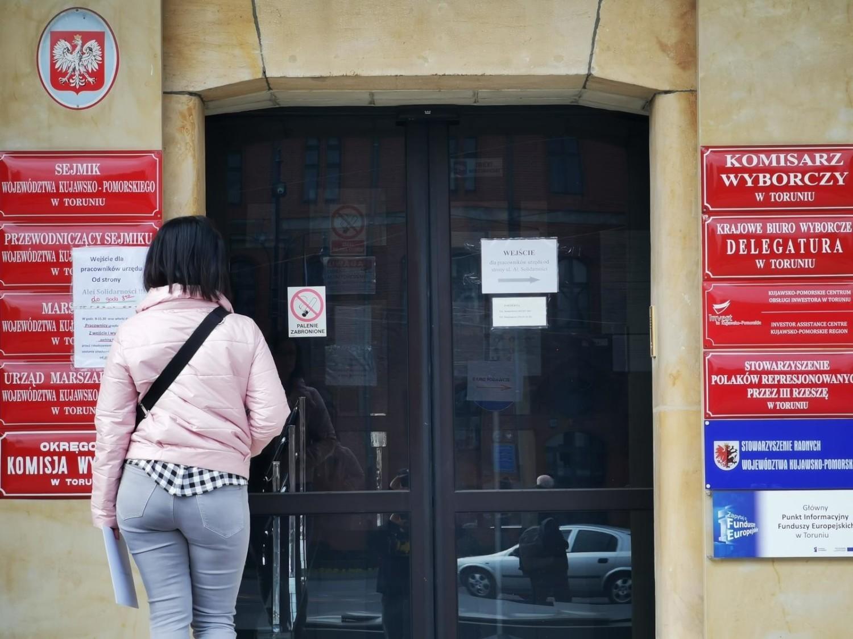 Urzędy od 25 maja ponownie będą otwarte i prowadzona będzie bezpośrednia obsługa obywateli
