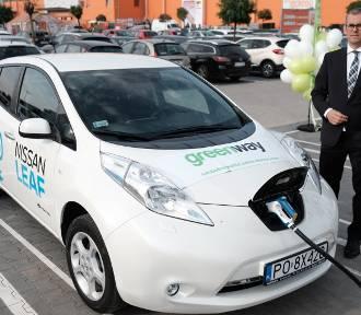 Poznań: Na Franowie otwarto stację ładowania samochodów elektrycznych [ZDJĘCIA]