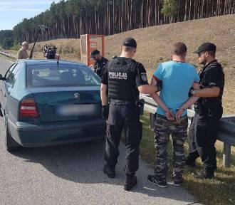 Ekipa telewizyjna zauważyła pijanego kierowcę na autostradzie A2. Powiadomili policję. 31-latek