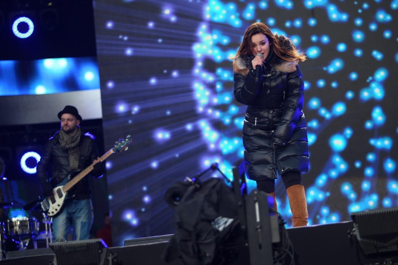 Choć od ostatniej płyty Ewy Farny minęło już pół dekady, to wcale nie oznacza, że artystka nie jest aktywna muzycznie