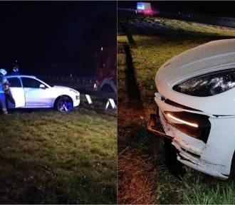 Porsche uderzyło w bariery na autostradzie A1 między Włocławkiem, a Ciechocinkiem