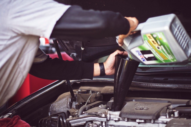 Najczęstsze usterki samochodów potrafią każdemu skutecznie zepsuć radość z posiadania samochodu