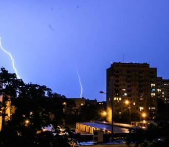 IMGW ostrzega. Znowu silne burze w Kujawsko-Pomorskiem. Może być niebezpiecznie!