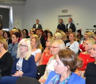 Konferencja Kobieta z Ikrą w Rybniku-Niewiadomiu dla pań biznesu [ZDJĘCIA]