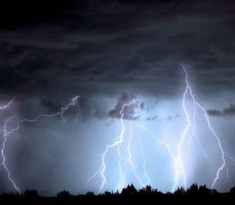 Uwaga na burze z gradem! Jest ostrzeżenie IMGW dla Dębicy i innych powiatów