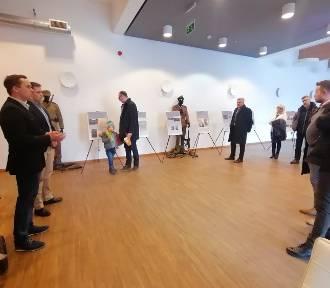 Wystawa poświęcona Żołnierzom Wyklętym w zduńskowolskim Ratuszu [zdjęcia]