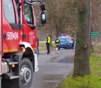 Wypadek na drodze Lutomek - Łężce: Kierowca w stanie krytycznym