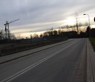 """Ulica Rzeczna już przejezdna. Można jechać """"na skróty"""""""