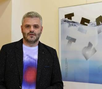 """Tomasz Bocheński wraca do rodzinnego Nowego Sącza wystawą """"Title"""""""