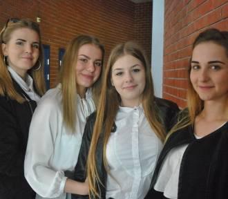 Egzamin gimnazjalny 2018 w Lesznie - zapytaliśmy uczniów o wrażenia z części humanistycznej [FOTO]