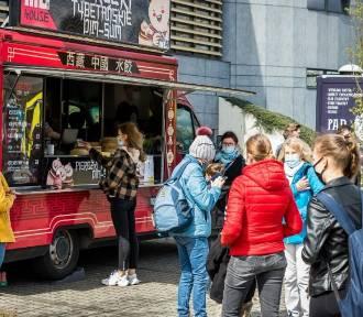 Kulinarne pożegnanie lata z food truckami w Bydgoszczy. To będzie pyszny weekend!