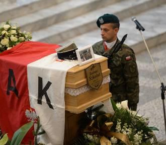Świdniczanie pożegnali porucznika Tadeusza Szkołuta ps. Giewont