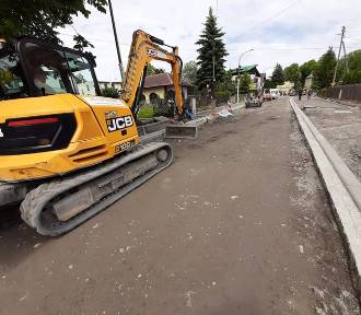 Trwa przebudowa kolejnego odcinka ulicy Kraszowickiej w Świdnicy