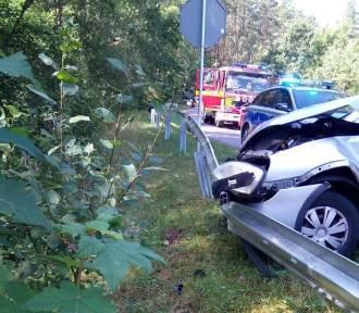 Wypadek w Wielkiej Piaśnicy: kosztowna lekcja zwracania uwagi na znaki drogowe