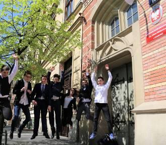 Egzamin Gimnazjalny: j. angielski rozszerzony (Arkusz CKE, Odpowiedzi)