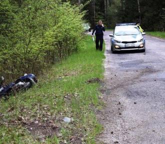 Powiat janowski: Potrącenie w Wólce Ratajskiej, w Malińcu motocyklista wjechał do rowu