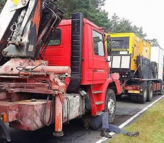 Zderzenie dwóch ciężarówek w Skwierzynie [ZDJĘCIA]