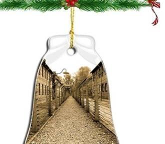 Święta z motywem Auschwitz. Kpina z ludzkiego cierpienia