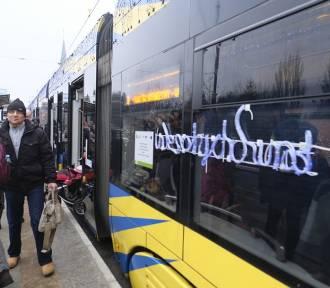 Bożonarodzeniowy tramwaj na toruńskich torach!