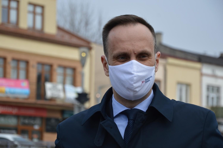 Posłowie Małgorzata Janowska i Janusz Kowalski zapowiedzieli w Bełchatowie walkę o inwestycję w Złoczewie