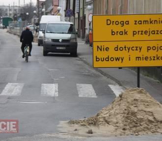 Zmieniamy Wielkopolskę. Odkryty zabytek nie przeszkodzi w realizacji ulicy Mickiewicza w Zdunach