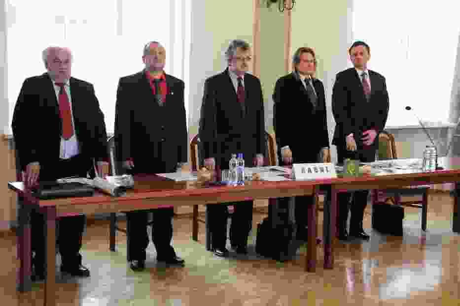 Stoją od lewej: Zdzisław Bednarek, Mieczysław Troska, Kazimierz Cichoń (spoza klubu DiPdS), Mieczysław Skuza i Marek Rubik