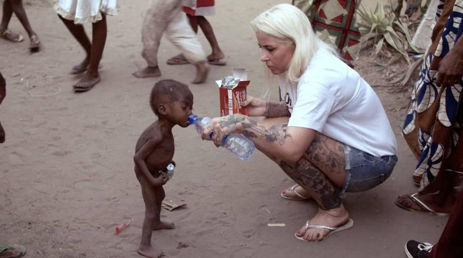 Anja i przeklęte dzieci. Poznajcie kobietę, która ratuje maluchy przed śmiercią [ZDJĘCIA]