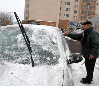 W Toruniu znowu może być ślisko! Sprawdź, na kiedy się przygotować