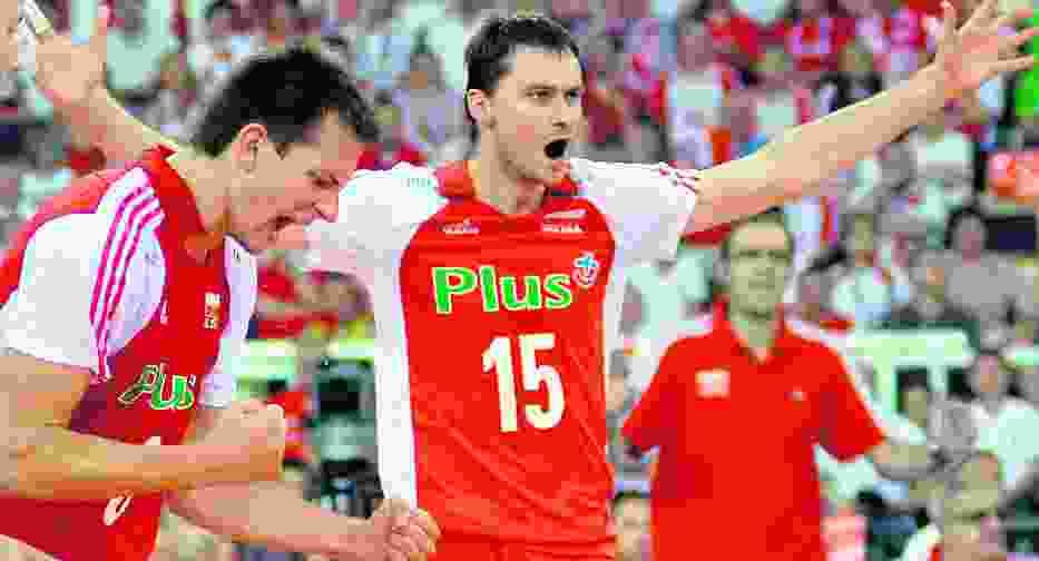 Bartosz Kurek (z lewej) był w meczu z Niemcami jednym z najlepszych na parkiecie
