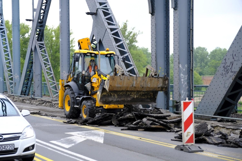 Przebudowa toruńskiego mostu drogowego pochłonie ponad 120 milionów złotych