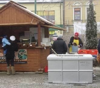 Zator. Jarmark Bożonarodzeniowy na Rynku