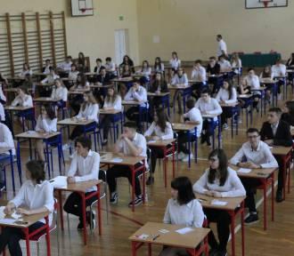 Egzamin gimnazjalny 2018. Drugi dzień testów w Łodzi [ZDJĘCIA]