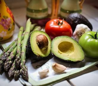 Najsmaczniejsze dania wegetariańskie na grilla [PRZEPISY]