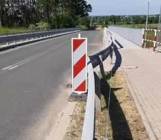 Ogromne siły pofałdowały część jezdni S3 i wiadukt nad drogą do Jakubowa