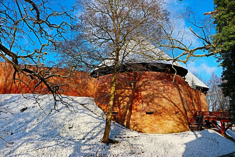 Międzyrzecki zamek zimą