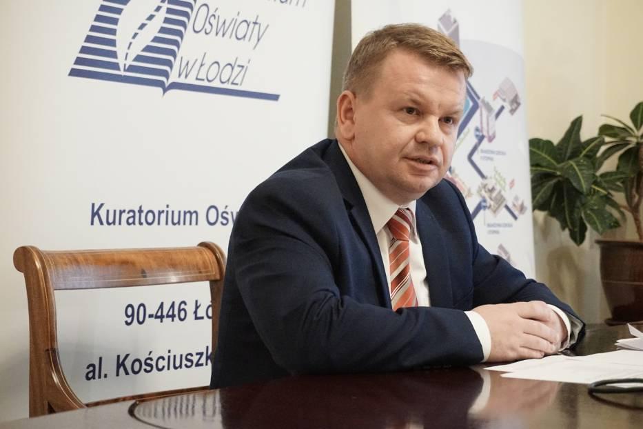 Kurator oświaty Grzegorz Wierzchowski przesłał wczoraj gminie Łódź uwagi do nowej siatki szkół