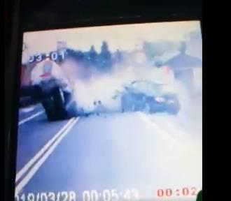 Pijany kierowca spowodował wypadek pod Poznaniem. Zobacz film