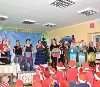 Mikołajkowe przedstawienie w Przedszkolu Miejskim nr 2 w Żninie [zdjęcia, wideo]