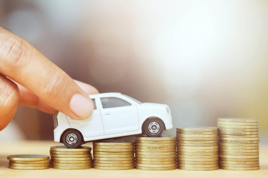 Ile trzeba pracować żeby kupić nowy samochód? Zobacz, jak na tle Europy wypada Polska!