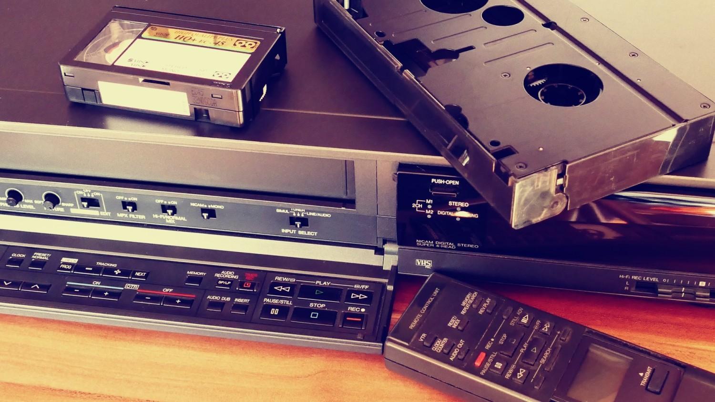 Era kaset VHS to wyjątkowy czas dla kina, który widzowie wspominają z wielkim sentymentem