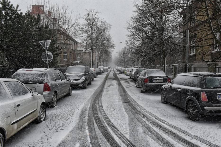 ŚrodaW środę od rana i wczesnym popołudniem spadnie śnieg