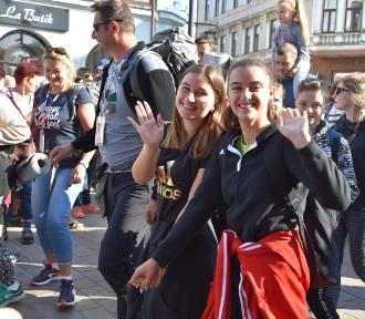 Pielgrzymi z Tarnowa ruszyli w drogę na Jasną Górę [ZDJĘCIA]