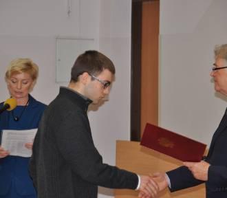 Stypendia dla najzdolniejszych uczniów z Pomorza wręczone w Gdyni
