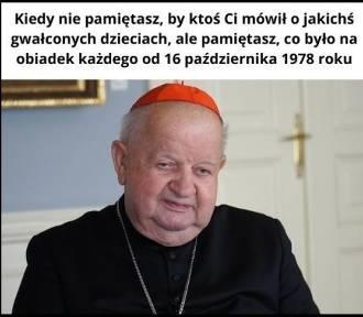 Afera kardynała Dziwisza - memy obnażają jej absurdy