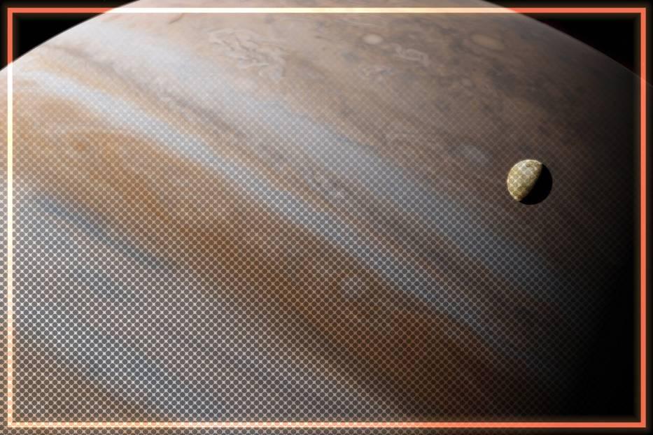 Badania dowodzą, że na księżycu Jowisza - Europie - może istnieć zamrożona, czerwona bakteria