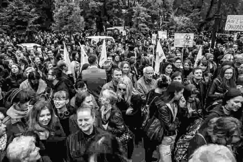 Czarny protest - 8 marca Warszawa, tysiące kobiet ponownie wyjdą na ulice?